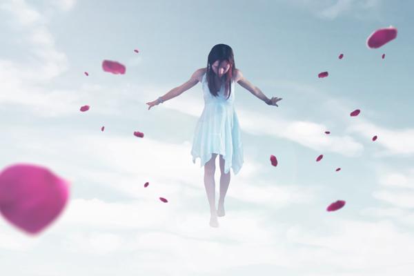 人物が宙に浮く幻想的なエフェクトを作る方法