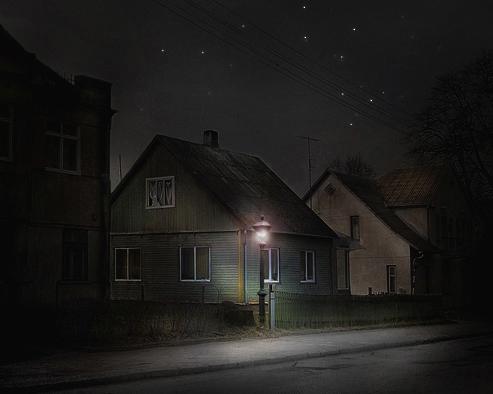 昼間の写真を夜に変える方法