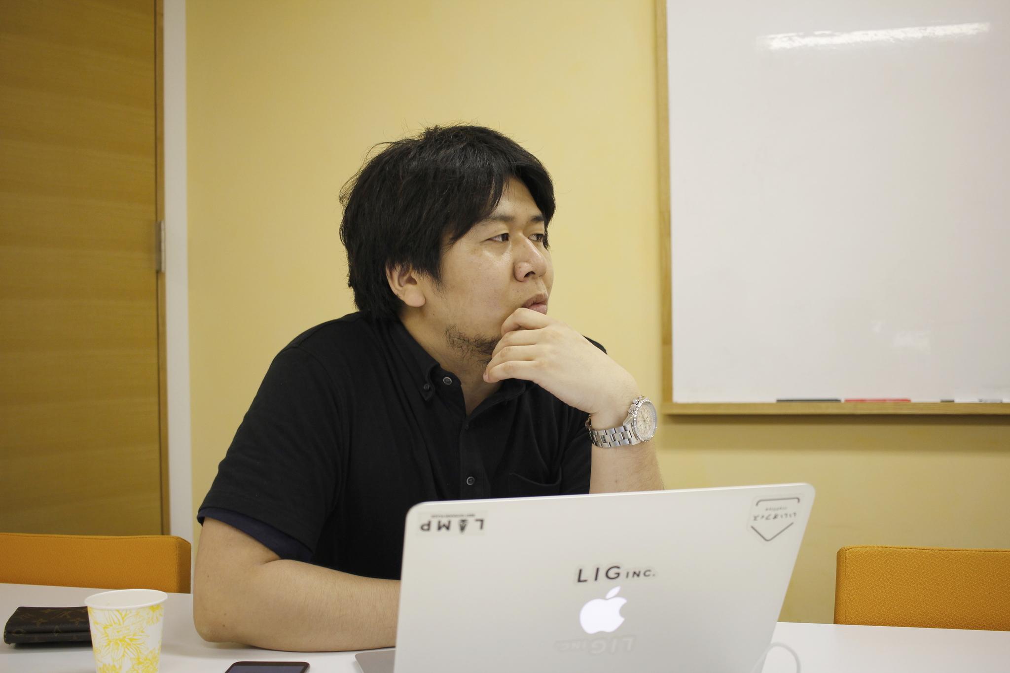 LIGブログ編集長の朽木氏