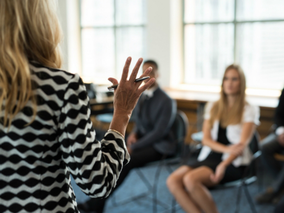 「絶対に失敗したくない!セミナー施策をはじめる前に押さえておきたい5つのポイント」の見出し画像