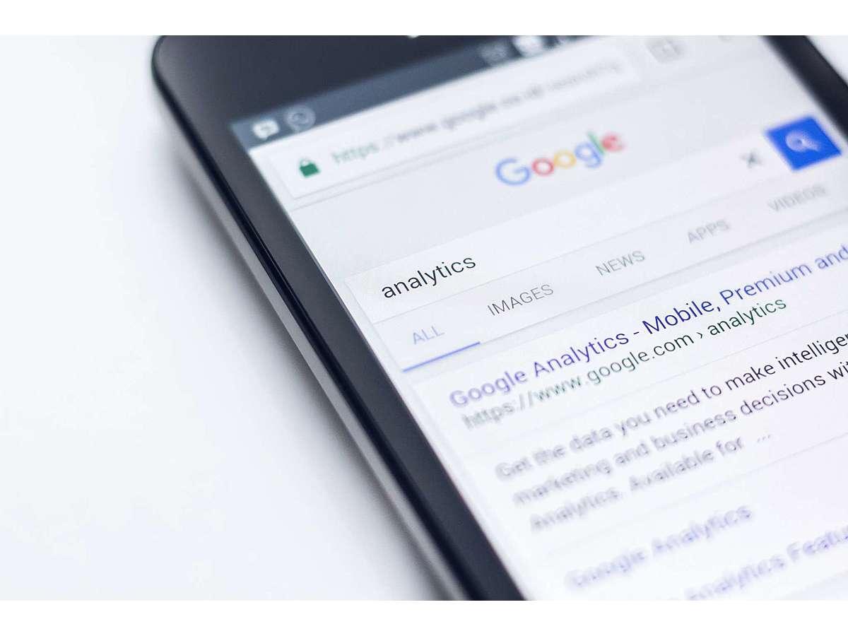 「Googleアナリティクス、データ保持設定の背景と方法」の見出し画像