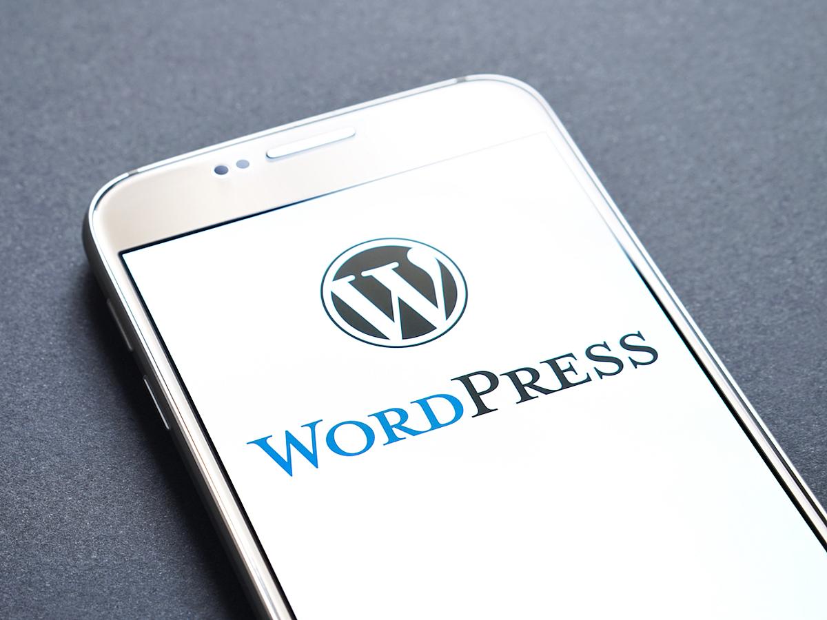 「WordPress×無料サービスで実施するWebマーケティング」の見出し画像
