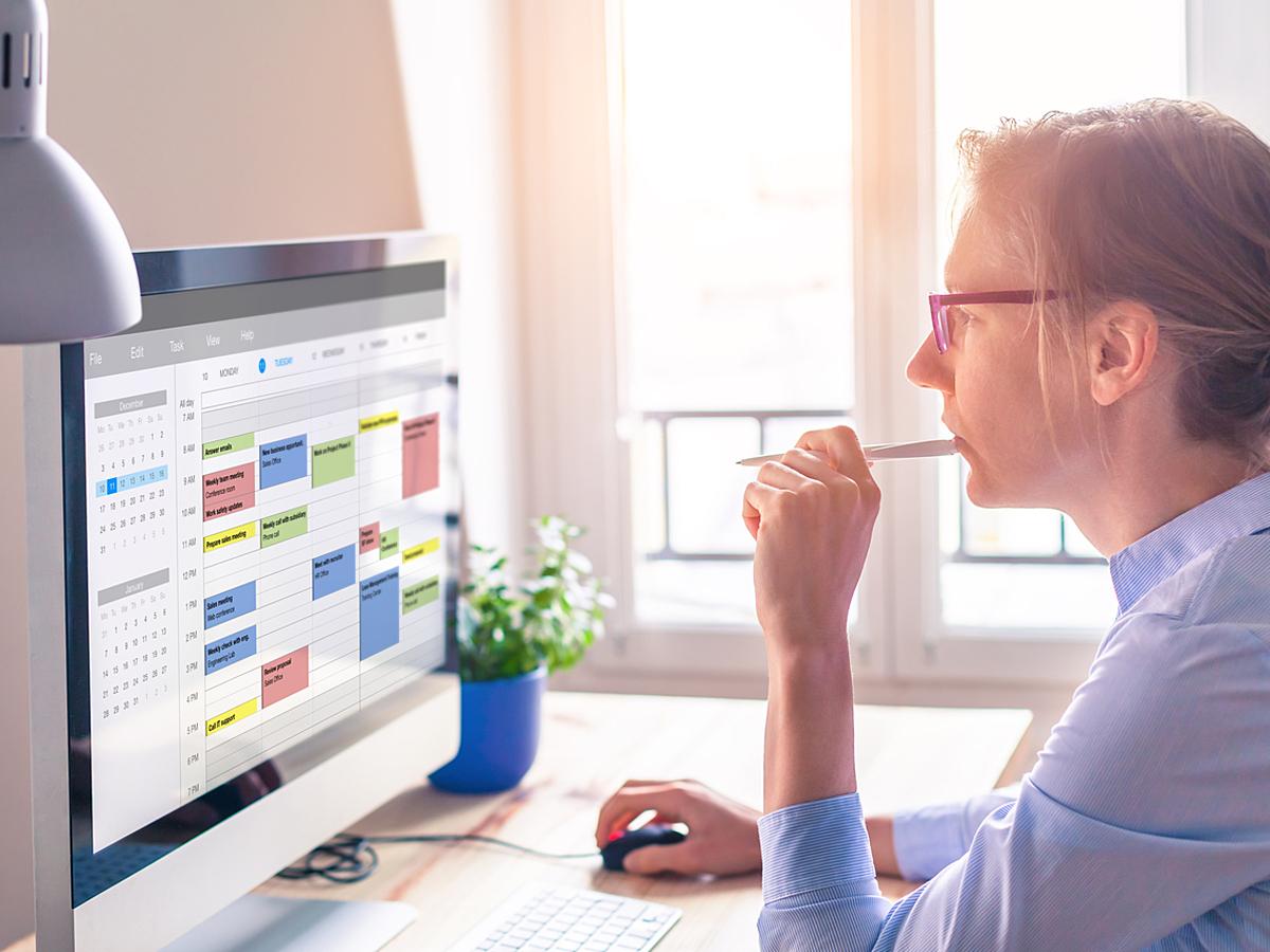 「マーケター必見、業務効率化のためのSlack連携ツール5選」の見出し画像