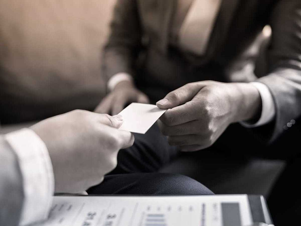 「今年もらった名刺を整理しよう!おすすめクラウド名刺管理ツール11選」の見出し画像