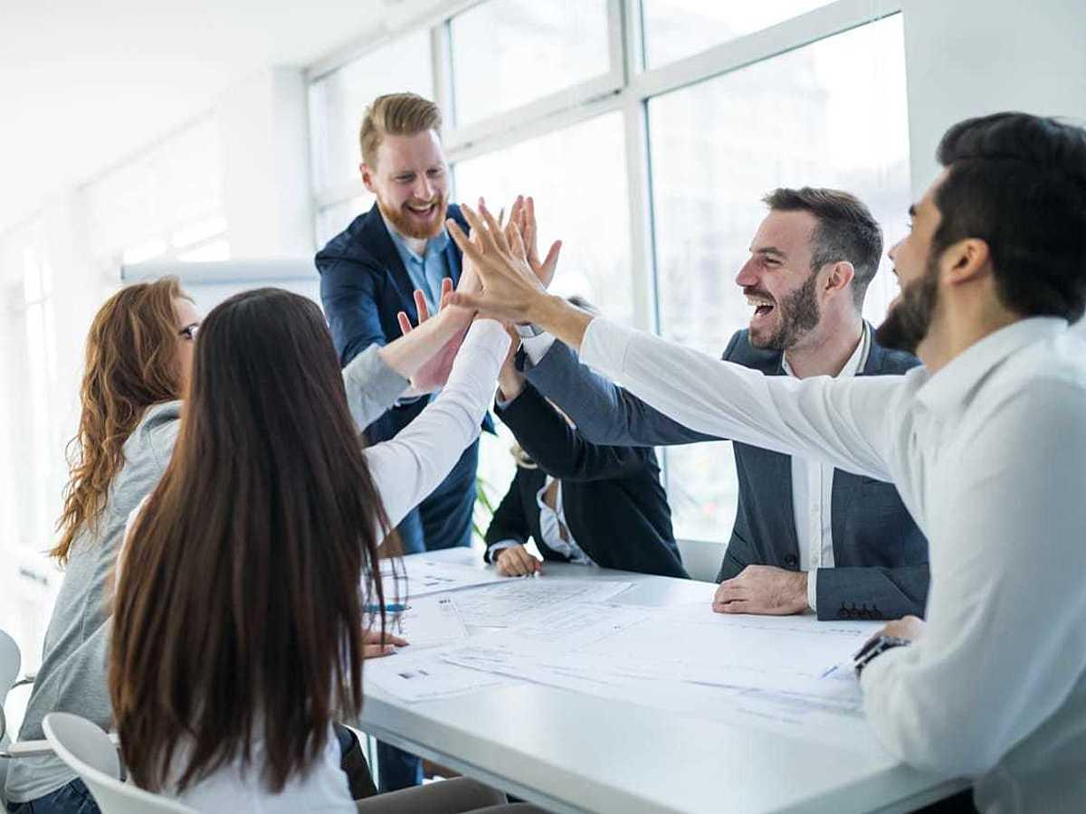 「若手の目標達成率を上げる上司とは?人材育成の要は感謝とフィードバック」の見出し画像