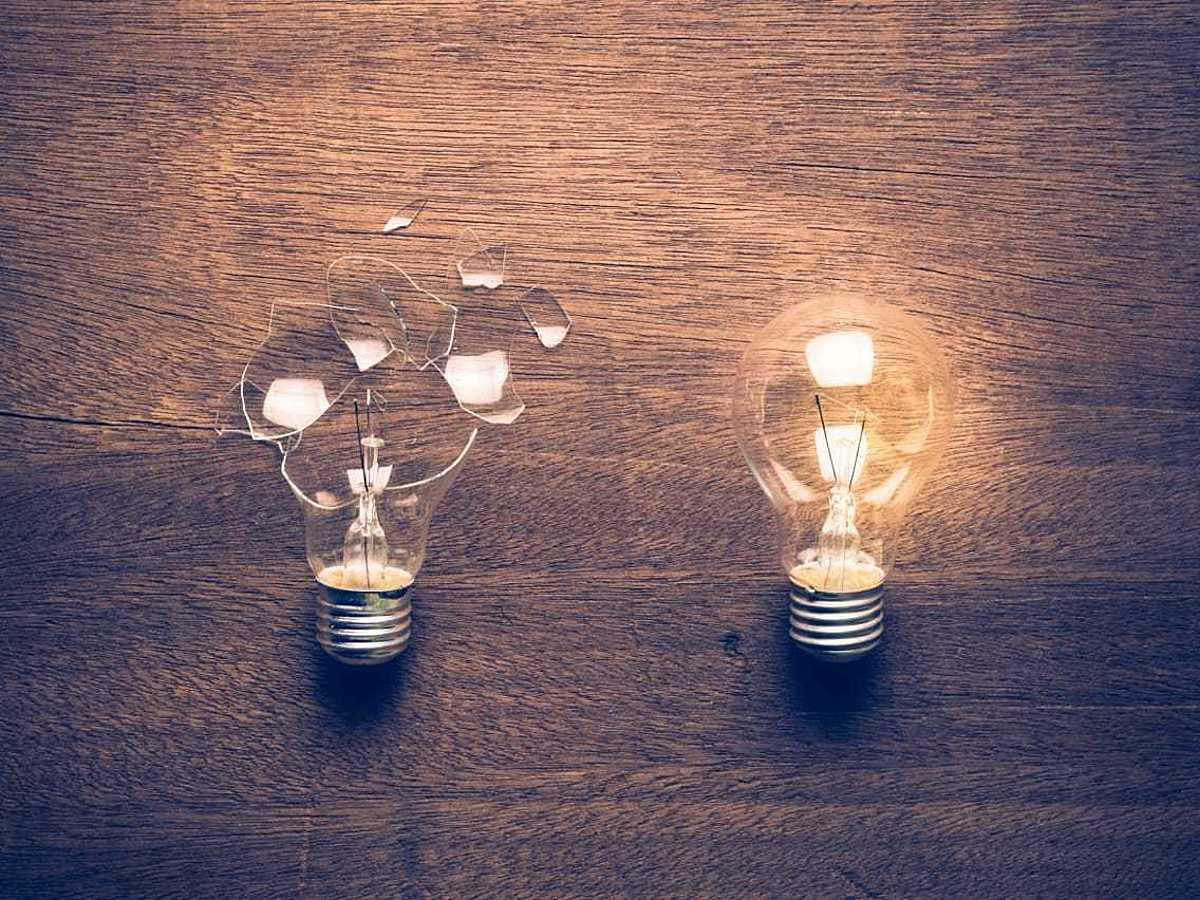 「【事例】SaaSを導入すると何ができる?成功例と失敗例を紹介」の見出し画像