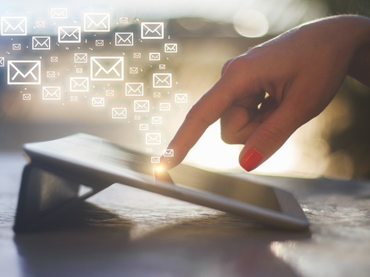 「スマートフォンに対応したメールを配信できていますか?成果を上げるための4つのポイント」の見出し画像