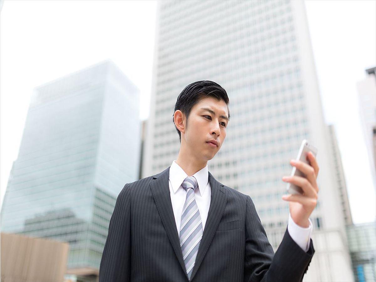「【Web担当者必見】外出時に仕事関連のデータをサクッと確認できるスマホアプリ4選」の見出し画像