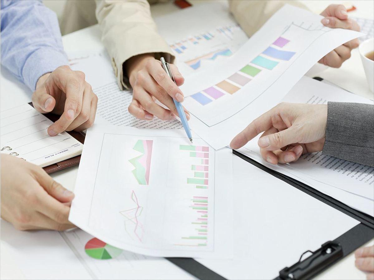 「中小企業のWebマーケティング実施状況に関する調査結果」の見出し画像
