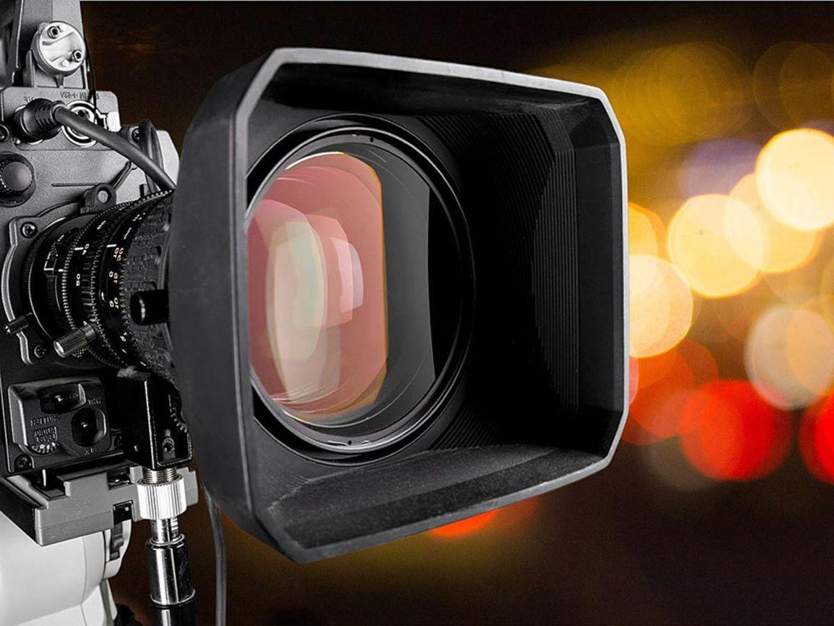 「モーション素材・動画素材を無料でダウンロードできるフリー素材サイト17選!動画編集に活用しよう」の見出し画像