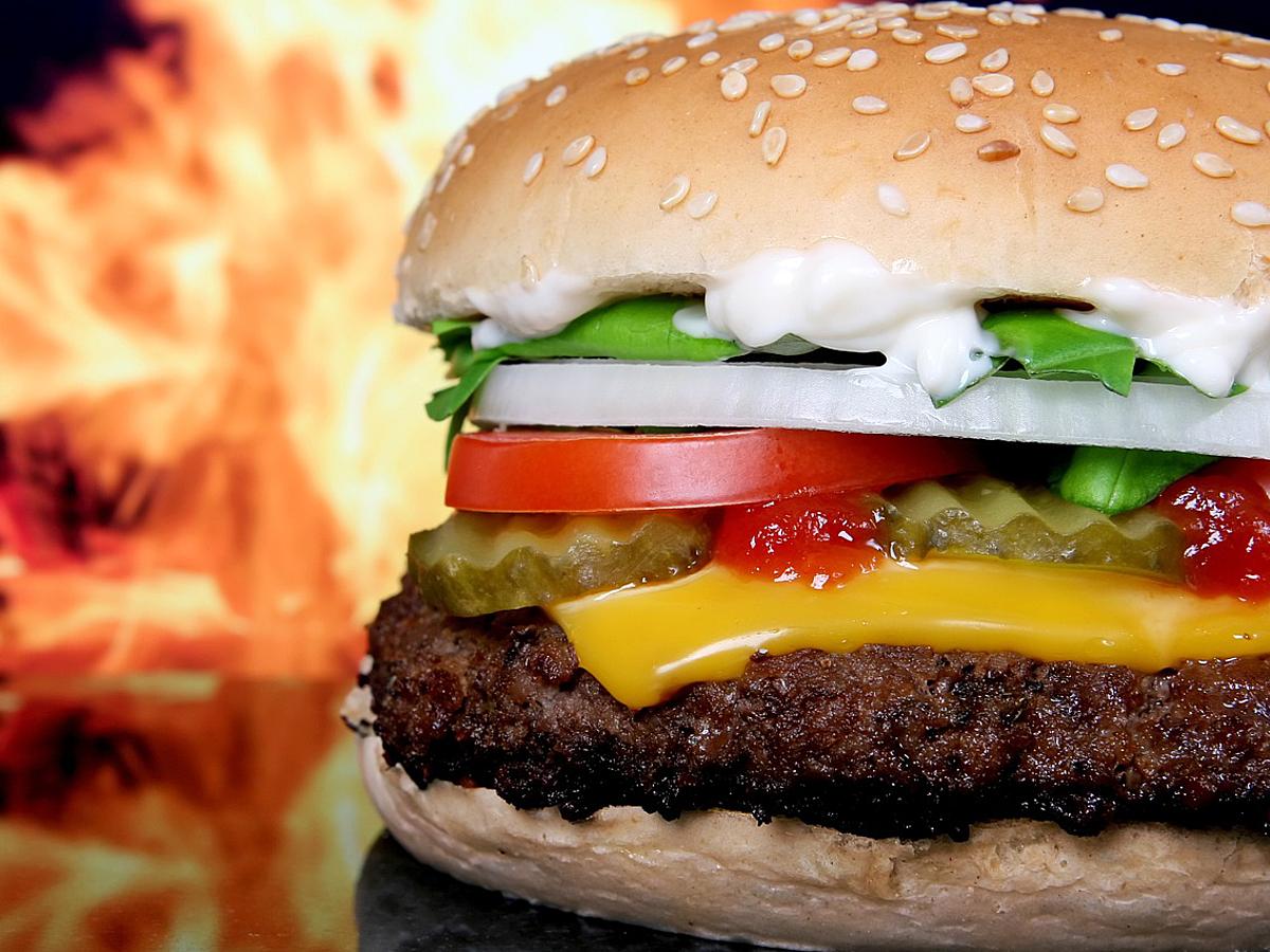 「ハンバーガーメニューのデザイン問題が決着!ABテスト7パターン結果」の見出し画像