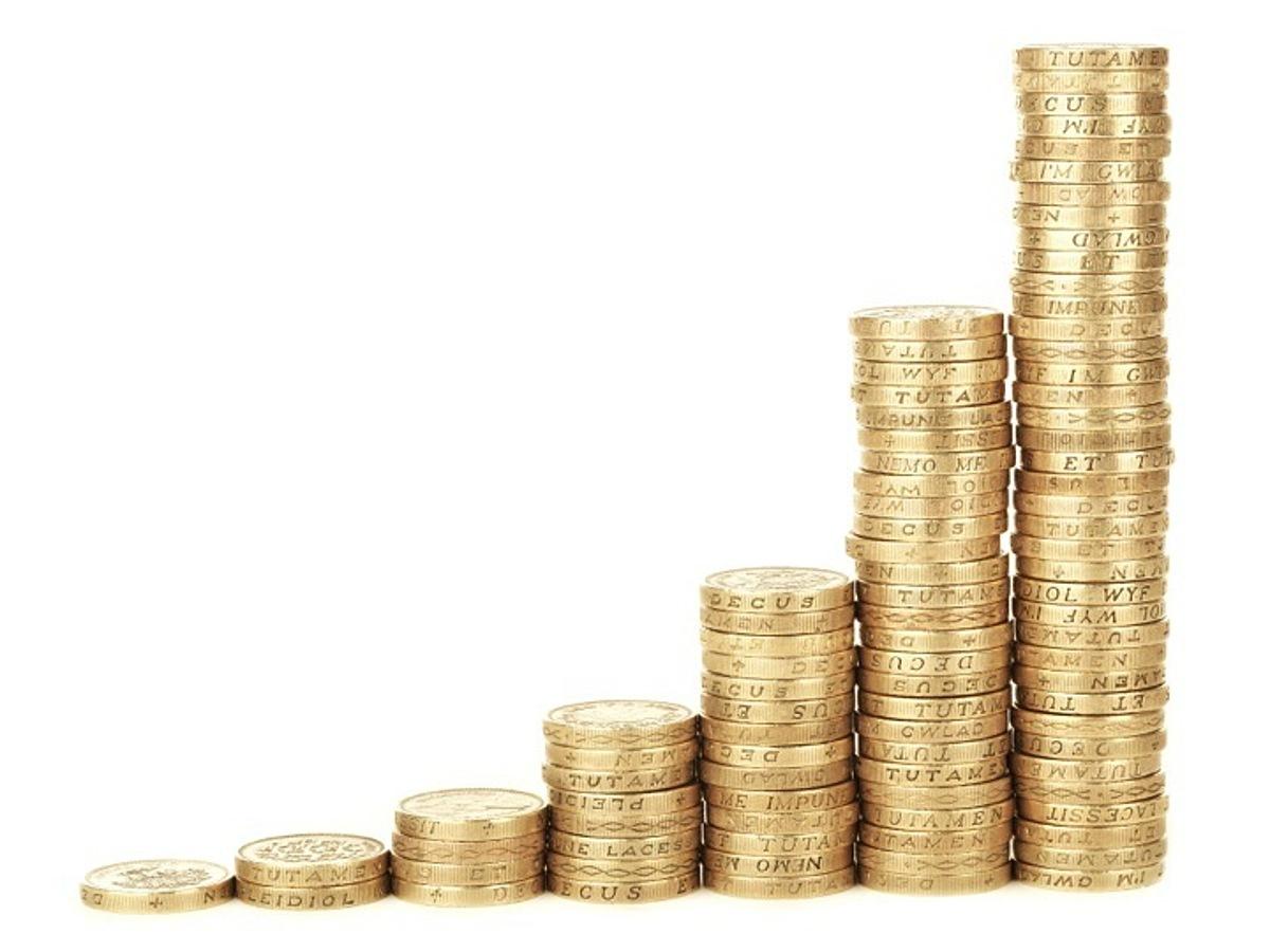 「2015年にクラウドファンディングで資金調達に成功した金額ランキングTOP10」の見出し画像