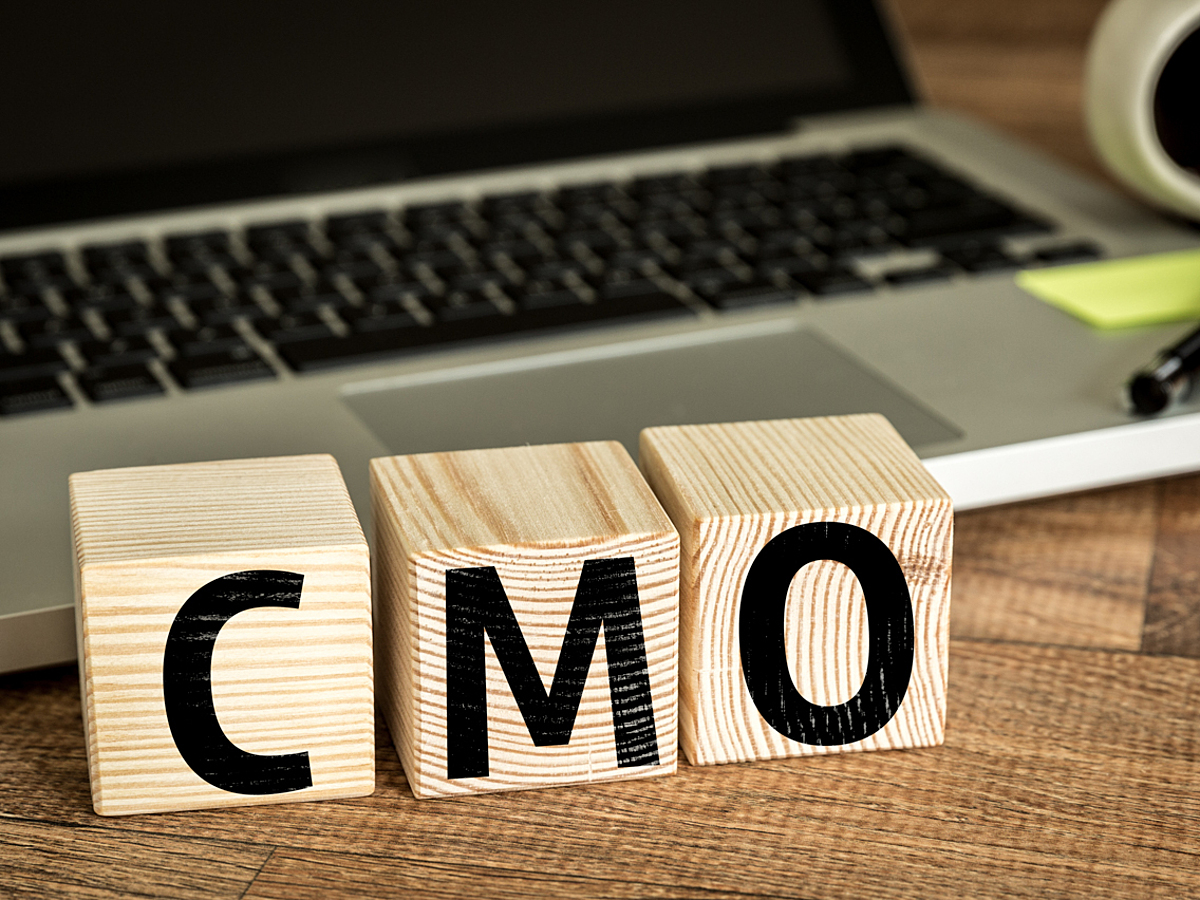 「CMOとは?自社のマーケティングを強化する上で重要な役職を解説」の見出し画像