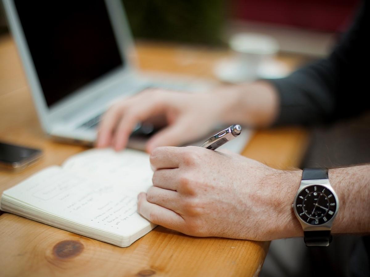 「ブログブーム健在!ブログ開設するにあたり知っておくべき情報まとめ」の見出し画像