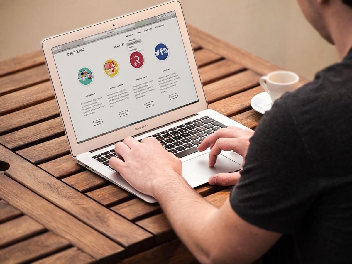 「デフォルトのままじゃもったいない!Excel作業を効率化するソフトウェア10選」の見出し画像