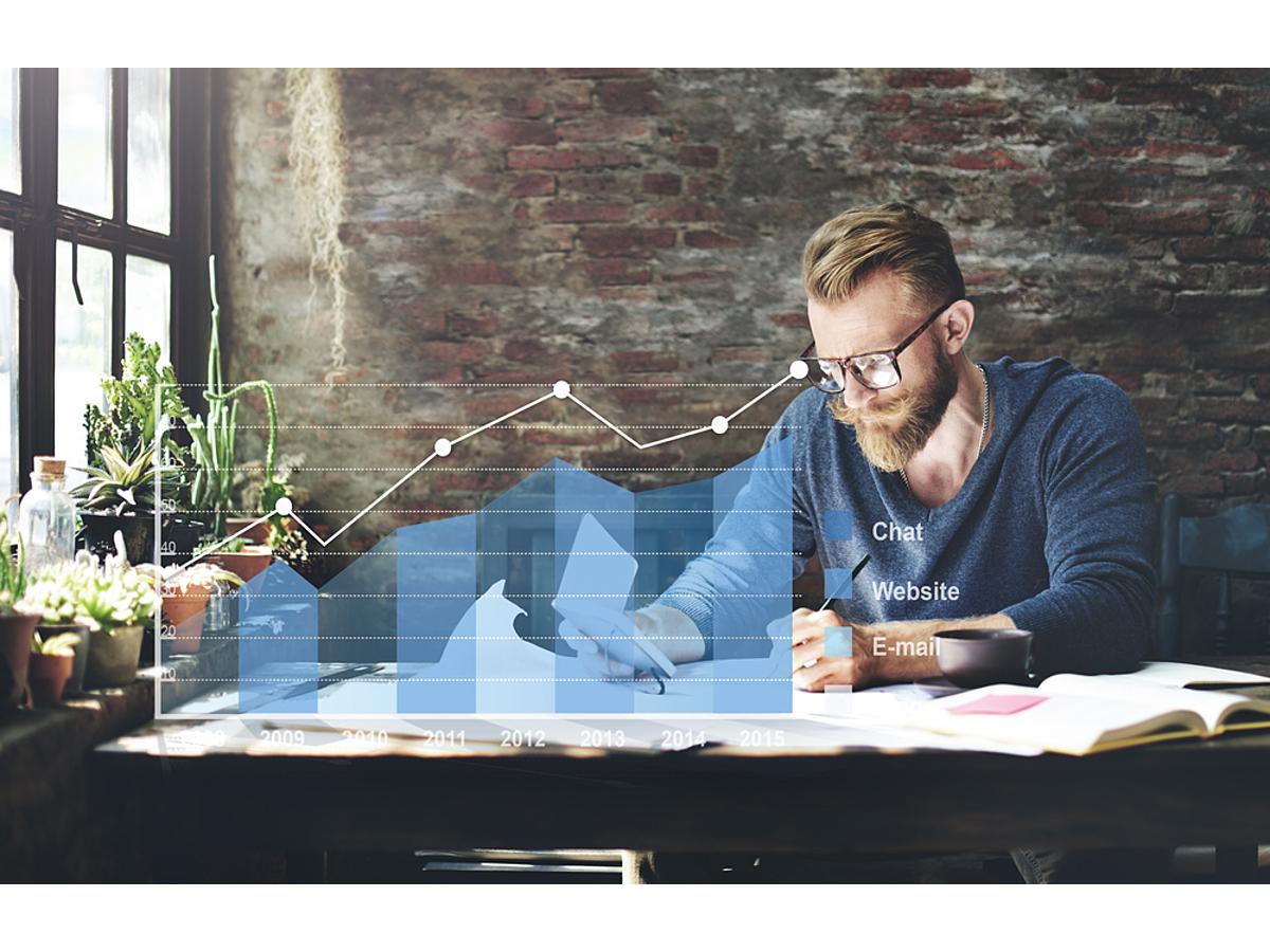 「DIESELが導入する広告評価の新指標。「CPA」が持つ70%のリスクと、これからの広告効果測定とは?」の見出し画像