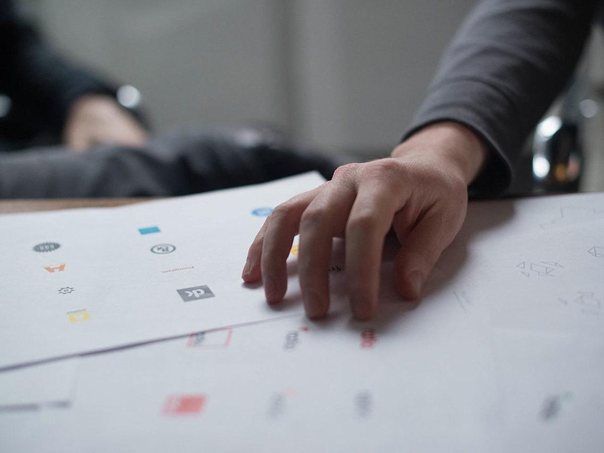 「会社やサービスの顔となる印象的なロゴを作るための5つの手順と7つの注意点」の見出し画像