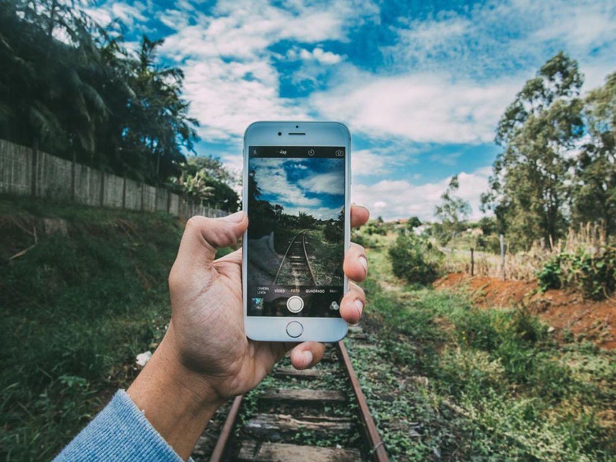 「驚くほど画像編集やデザインがはかどる!オススメのiPhone・iPadアプリ7選」の見出し画像