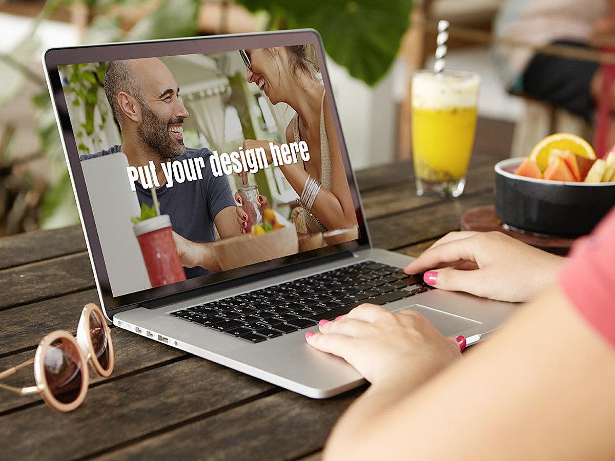 「スマホサイトだけチェックしていませんか?BtoB領域なら無視できないPCサイトのデザイントレンド17選」の見出し画像