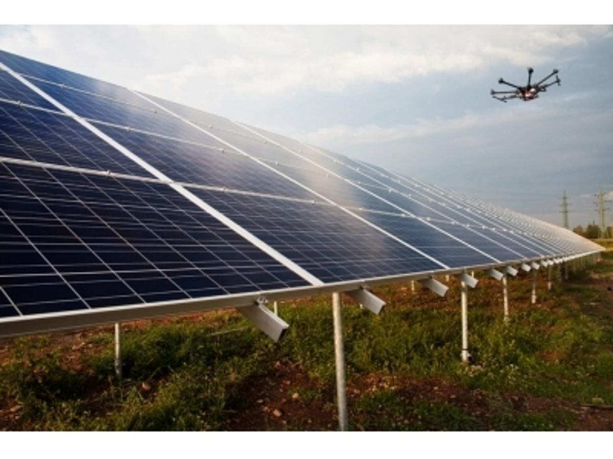 「テラドローン、太陽光発電関連事業者向けサービス開始~ドローンと最新技術を組み合わせ、メガソーラー開発・保守点検の一連をサポート~」の見出し画像
