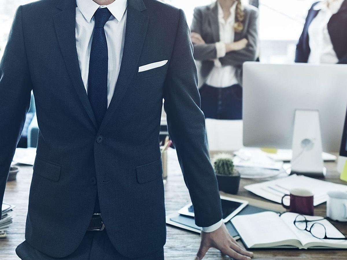 「1人のビジネスパーソンとして成長するために!まず身に着けたいビジネス基本スキル8選」の見出し画像