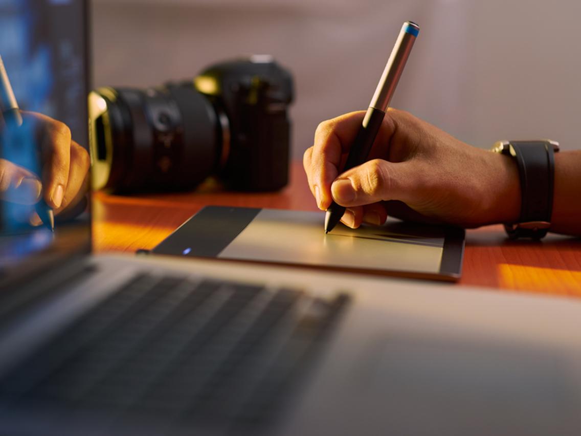 画像をペイント・レタッチし、クラウドにアップできる「Sumo Paint」の使い方を解説