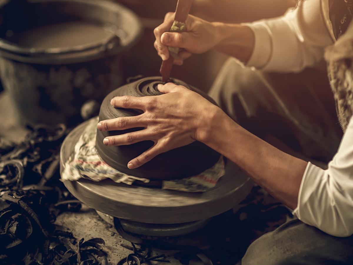 「伝統工芸の魅力を再発見!職人の技術とテクノロジーがコラボした最新の商品事例7選」の見出し画像