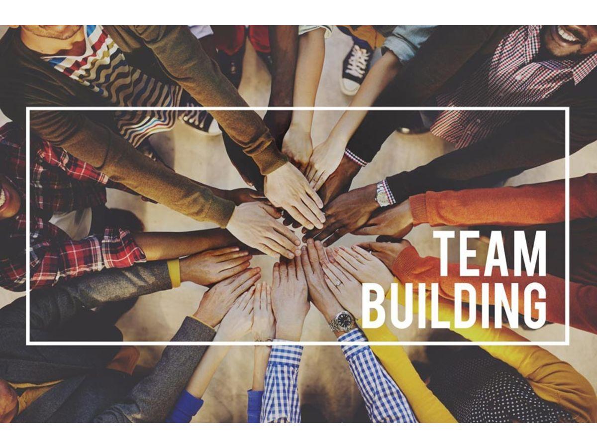 「マネジメントに悩んでいる方必見!チームビルディングについて学べるTed動画8選」の見出し画像