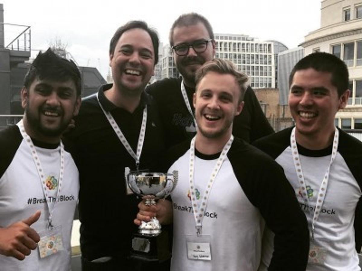 「インフォテリアの100%子会社This Place社(英国)がロンドンで開催されたブロックチェーンハッカソンで最優秀賞を獲得!」の見出し画像