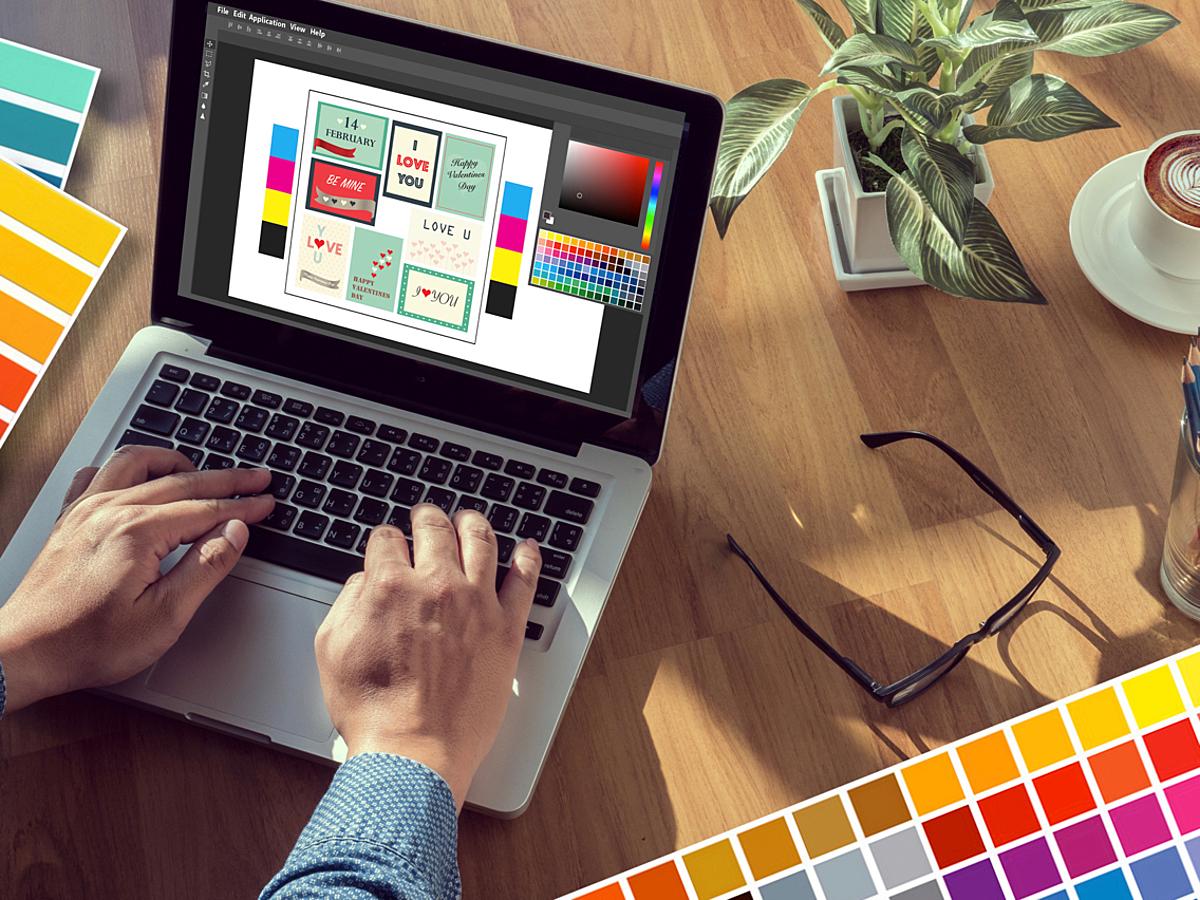 「Webデザイナー必見!デザインの最新トレンド収集やスキルアップに活用できるスライド21選」の見出し画像