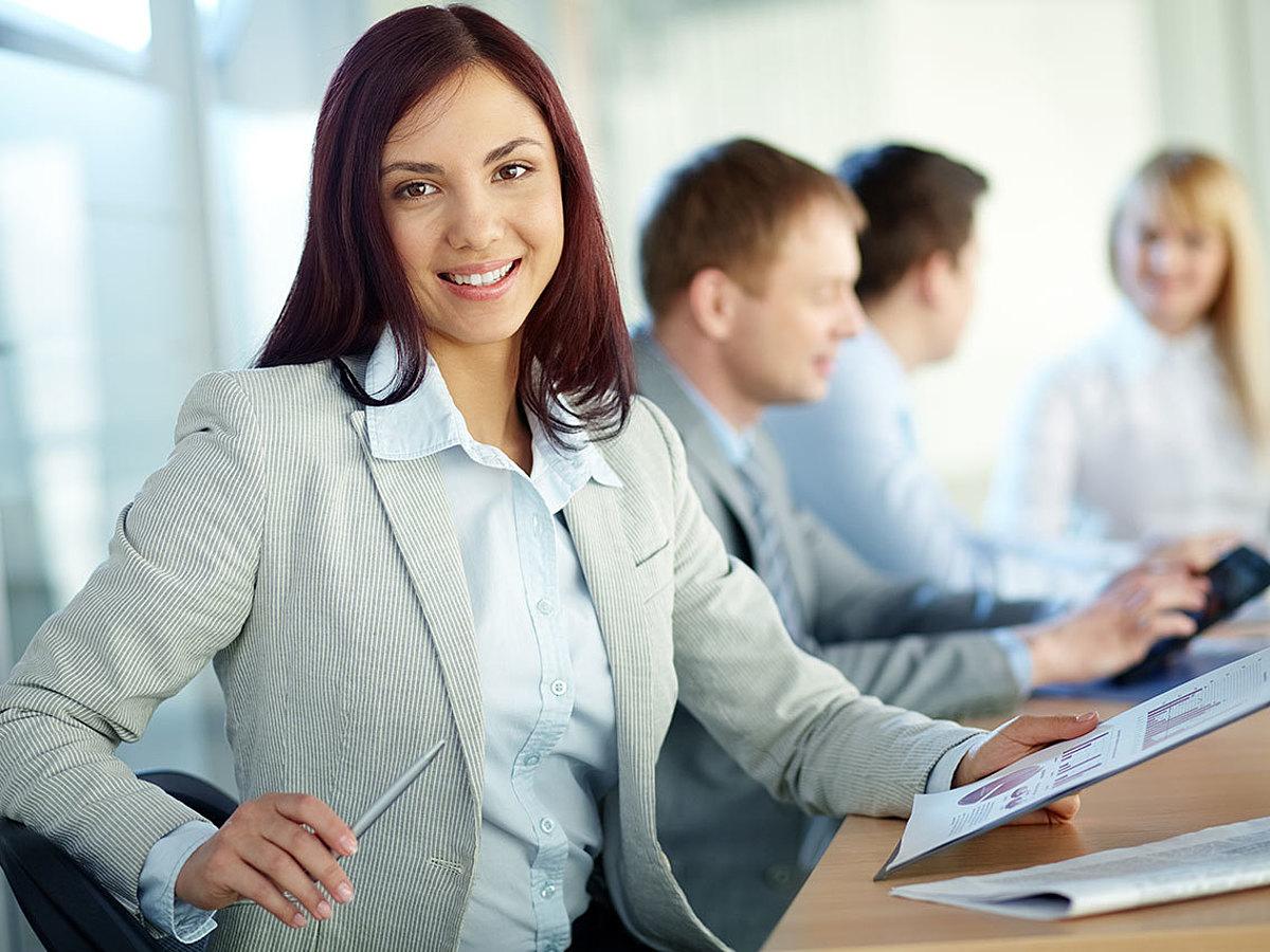 「将来のキャリアビジョンが広がる!カスタマーサポート(CS)業務で得られる知識・経験とは」の見出し画像