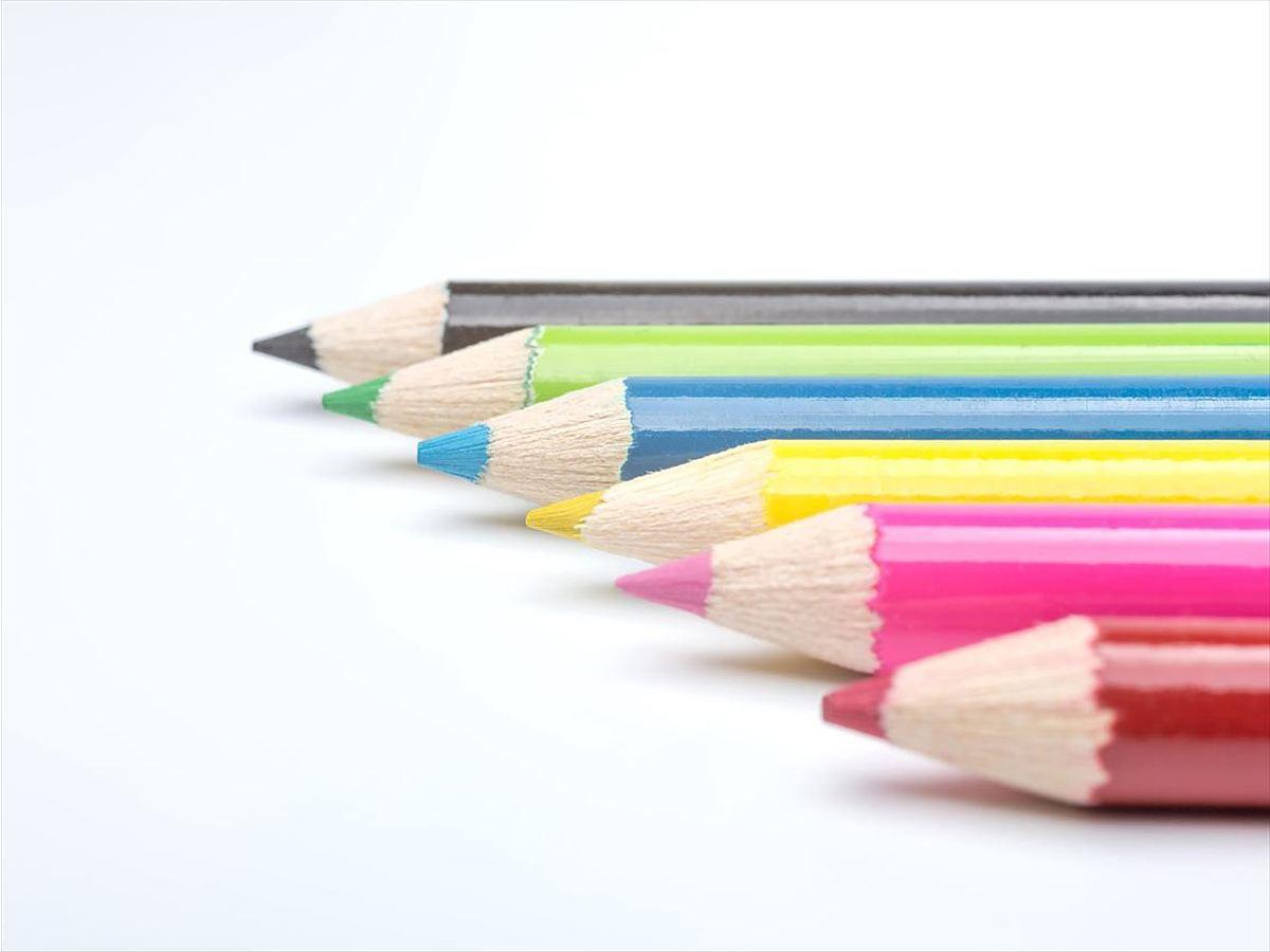 「色彩感覚に自信が無くてもセンスある配色ができるようになる記事4選」の見出し画像