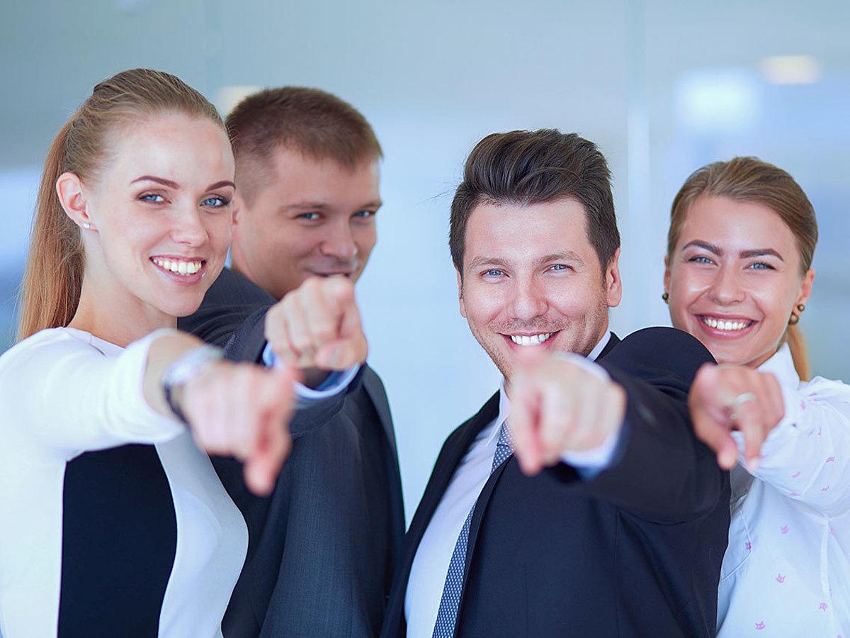 「3つの実例を紹介!社内SNS・ビジネスチャットが業務効率を劇的に変える」の見出し画像
