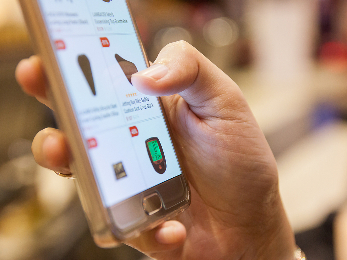 「販路を広げたい方必見!フリマアプリのメリット・デメリットを紹介」の見出し画像