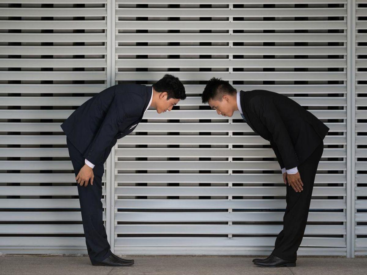 「ちゃんとできてますか?ビジネスマナーを学べる記事10選」の見出し画像