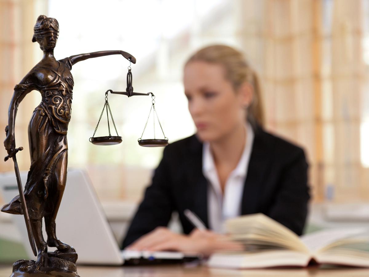 「気になる疑問を一挙解決!副業をはじめる前に知っておくべき5つの法律」の見出し画像