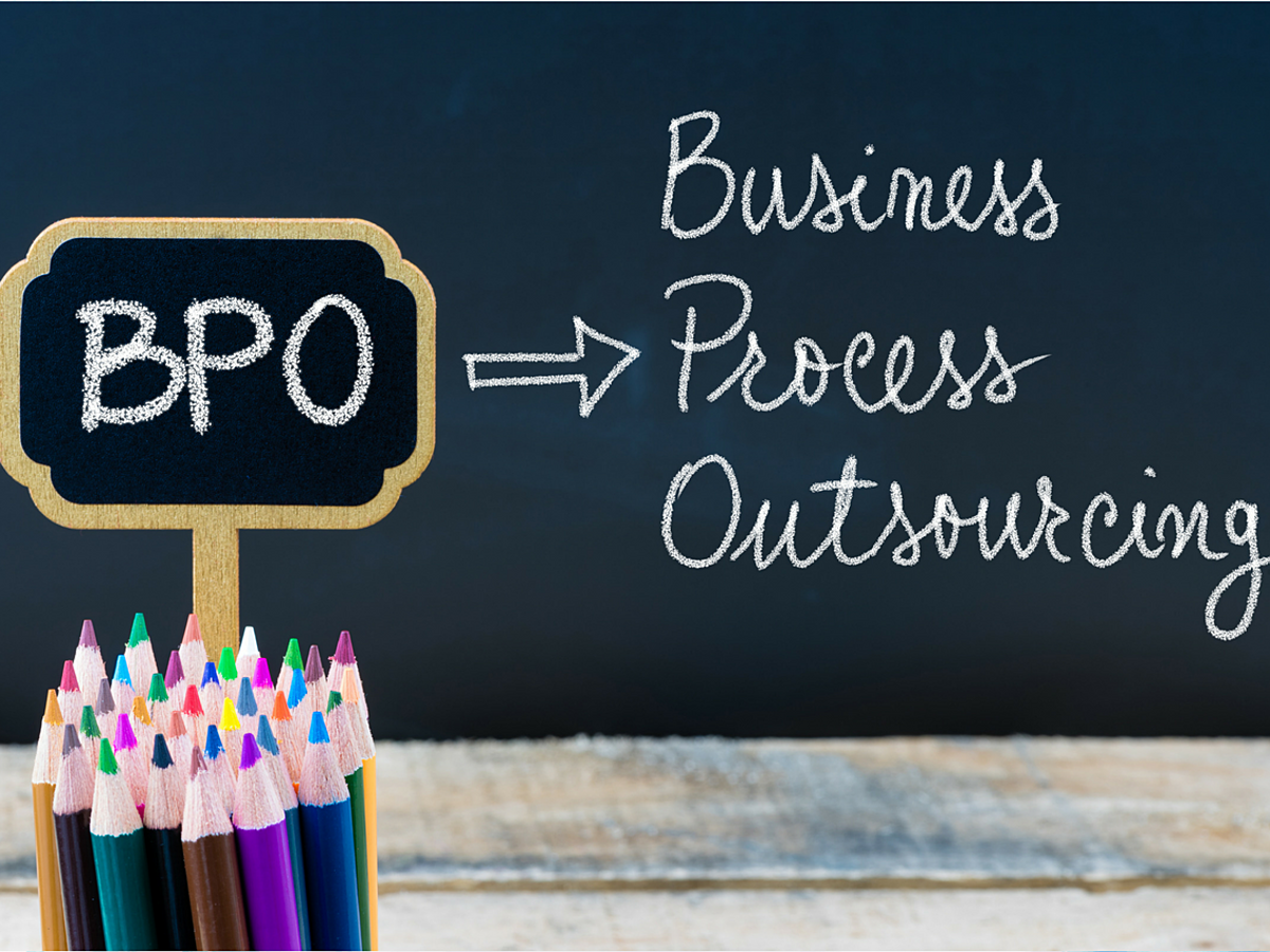 「BPOとは?生産性向上のために業務の「選択と集中」に取り組もう」の見出し画像