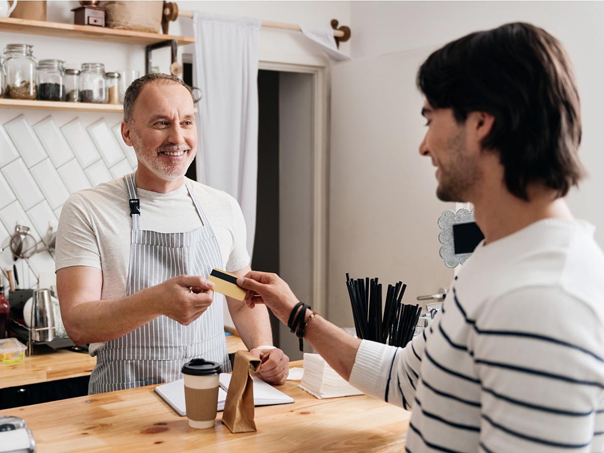 「店舗運営者必見!ポイントカードのマーケティング活用」の見出し画像