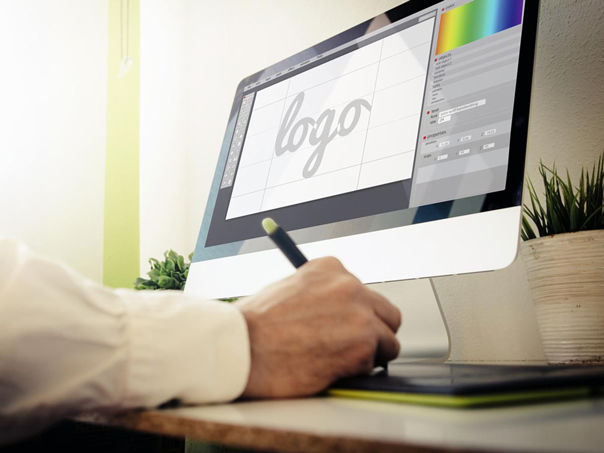 「企業のブランディング戦略に!ロゴステッカーを作るメリットと方法」の見出し画像