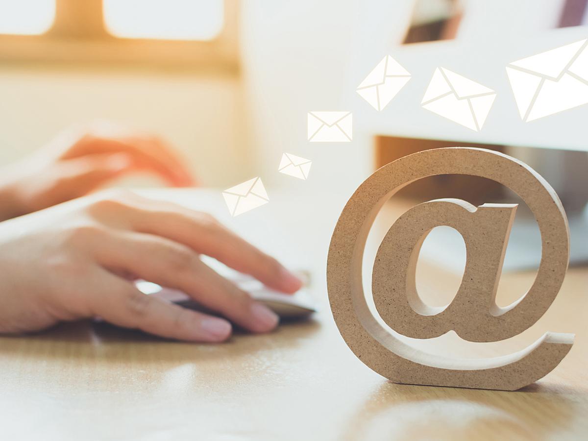 「顧客対応の属人化を防ぐ!共有メールボックスが使えるサービス7選」の見出し画像